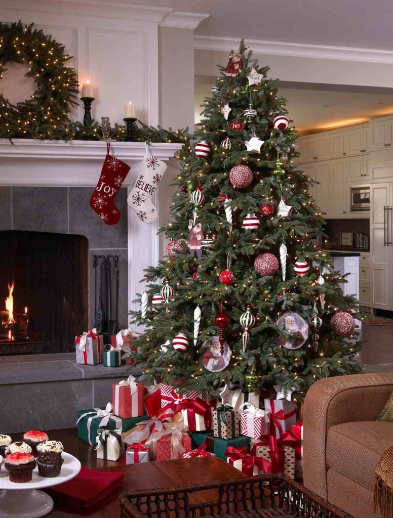 christmas tree decorating ideas - Peppermint Christmas Decorations
