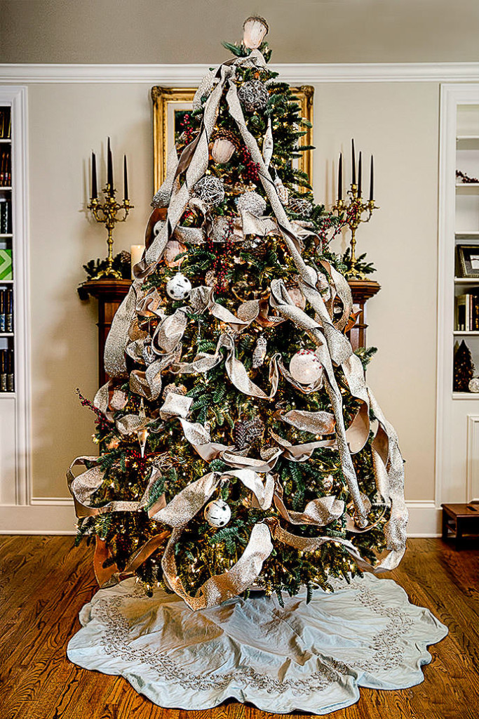 Woodland Elegance - Christmas Tree Decorating Ideas