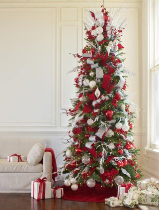 red white and sparkle christmas tree