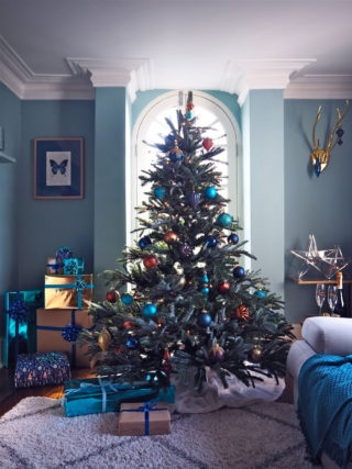 jewel toned christmas tree - Pictures Of Decorated Christmas Trees