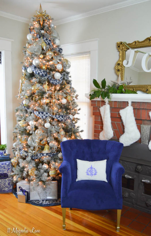 A Frosty Blue Christmas · White Christmas Tree With Blush And White  Decorations ...