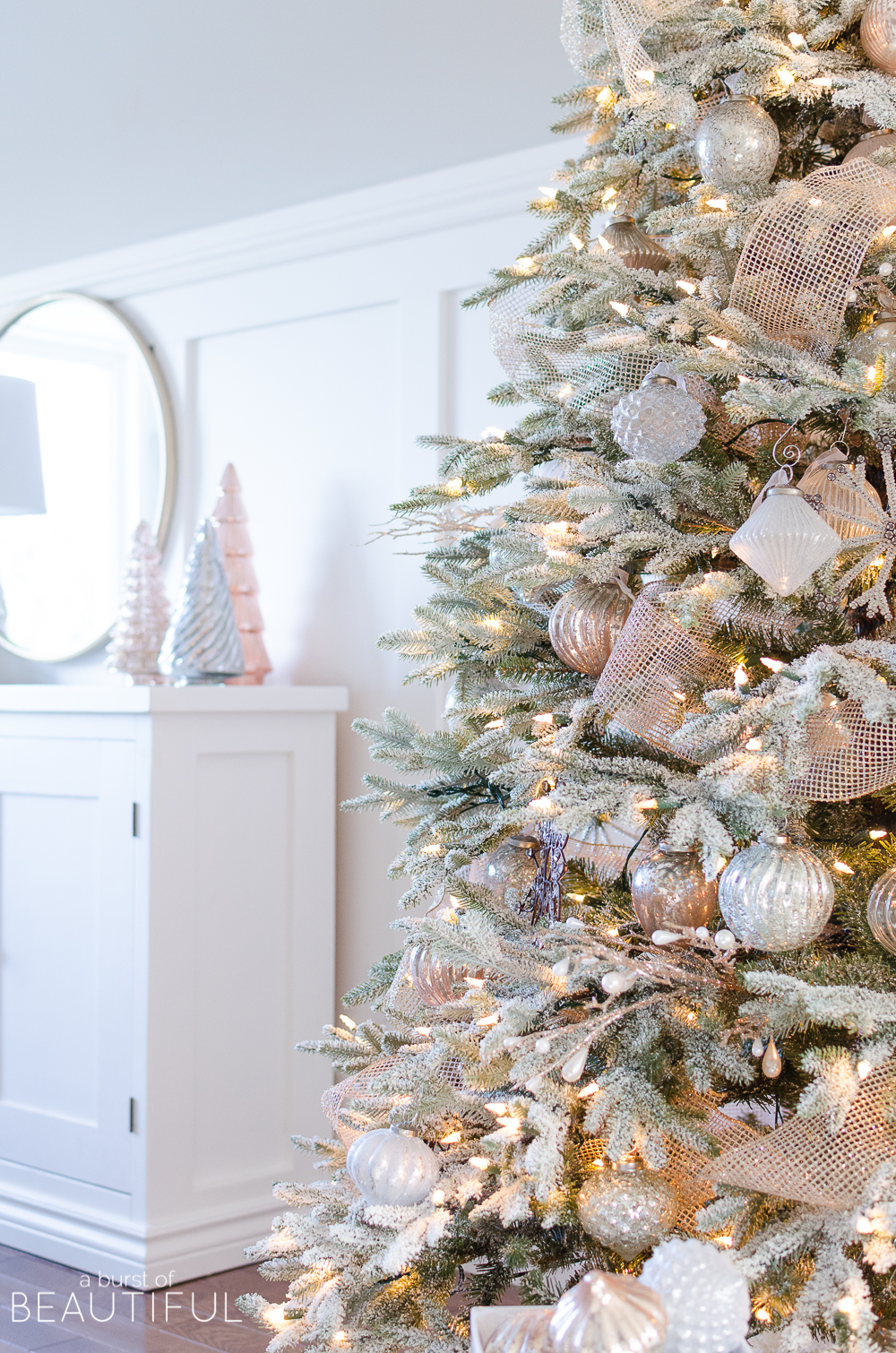 A Snowy Flocked Christmas Tree - Christmas Tree Decorating Ideas