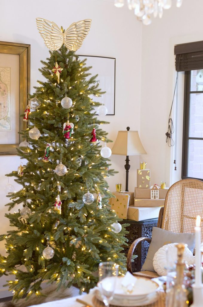 A Magical Yulefest - Christmas Tree Decorating Ideas