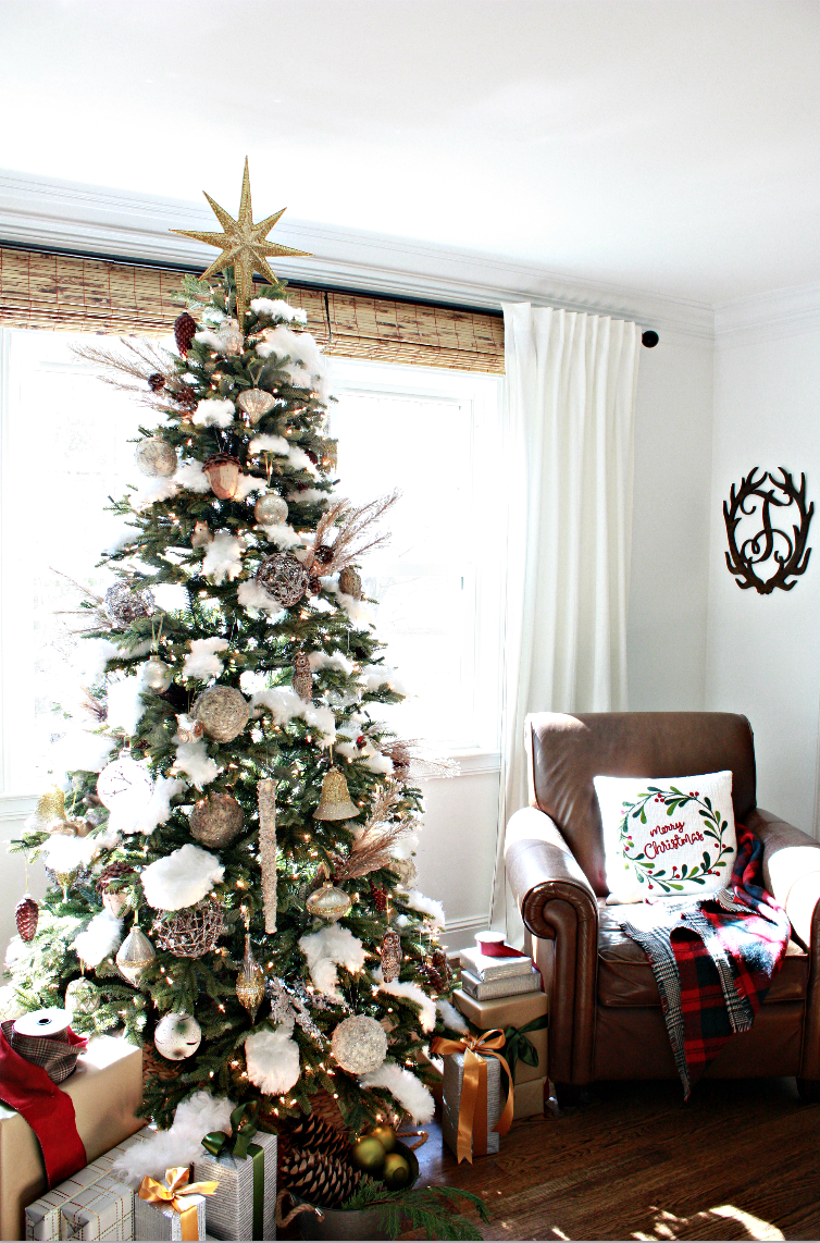 Mountain Woodland Christmas Tree Decorating Ideas