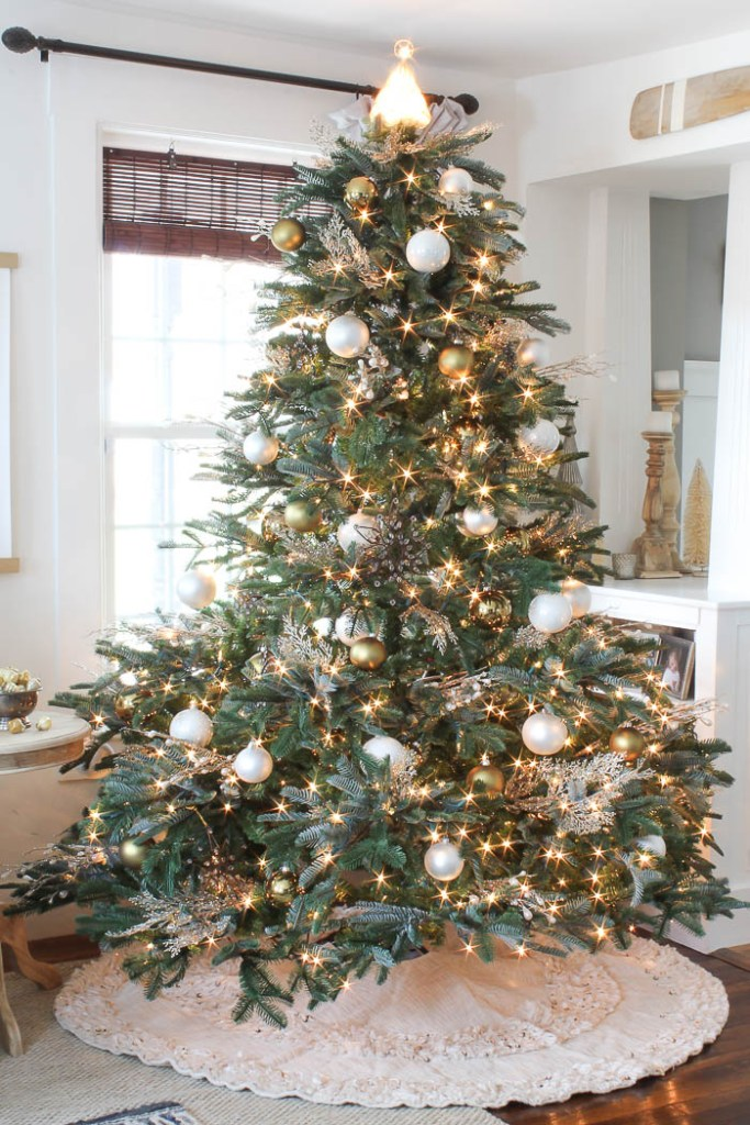 Room For Rent Design: Christmas Tree Decorating Ideas